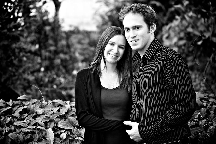 engagement pictures botanical gardens