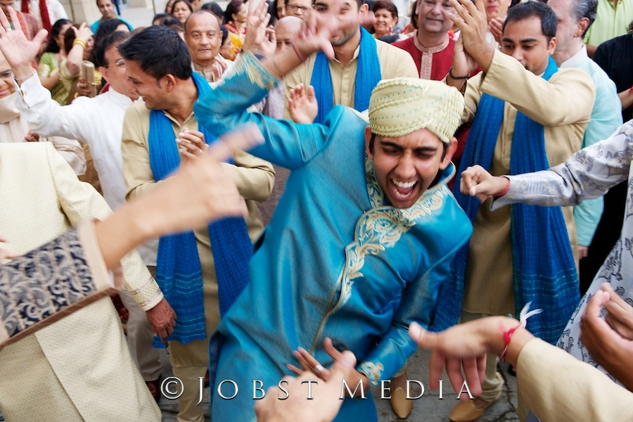 Best Indian Wedding Photographers (74)