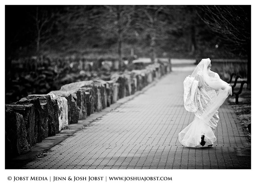 NY-NJ-Destination-Wedding-Photographers-in-Michigan-019
