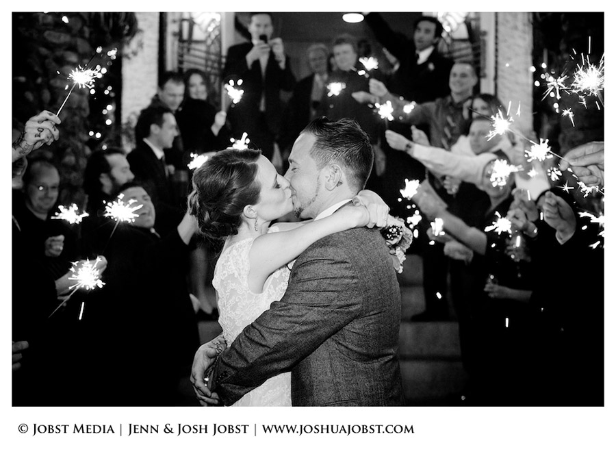 NY-NJ-Destination-Wedding-Photographers-in-Michigan-024