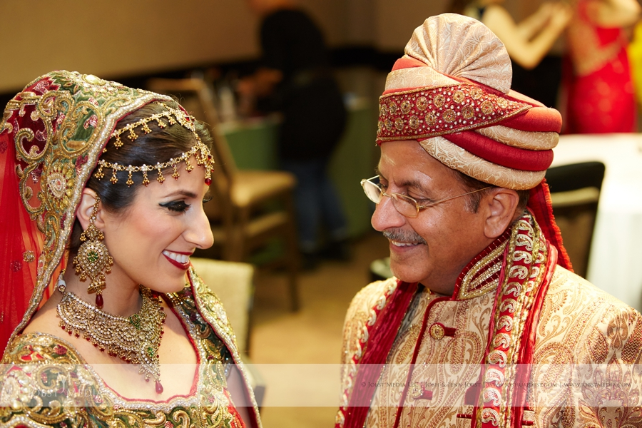 Indian Wedding Westin Atrium Shenandoah Country Club 15